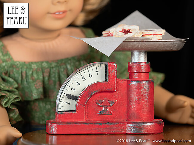 Here's our latest PAINTING PLASTIC tutorial —- turning a dollar store plastic toy into an antique, enameled grocery scale for dolls. Want to make your own? Seven lucky multi-Mystery Bag purchasers will find one of these toys in their shipping box!